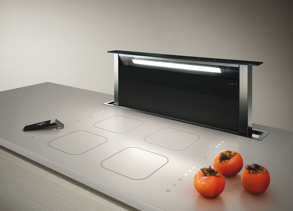 Hotte escamotable sous plan de travail for Table de cuisine escamotable