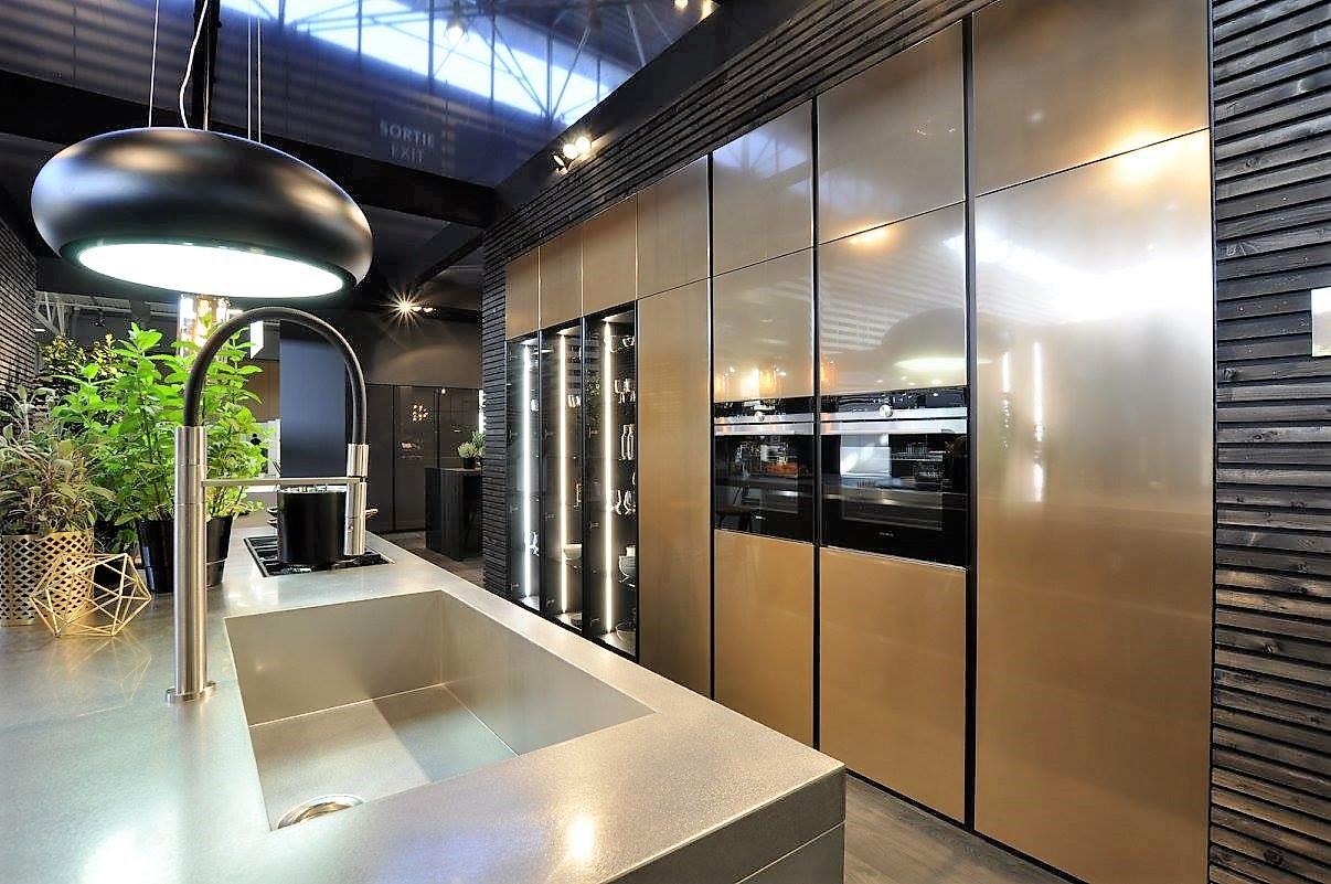 laque effet m tal liquide les nouvelles fa ades des cuisines armony. Black Bedroom Furniture Sets. Home Design Ideas