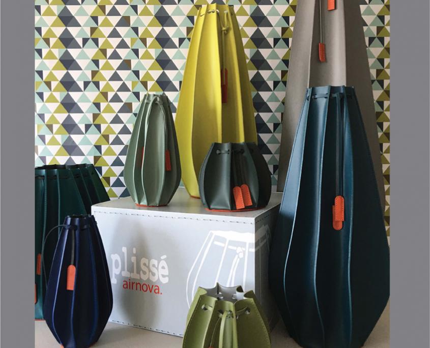 Vases en cuir plissé by Airnova