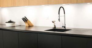 cuisine-fenix-noir-et-bois-002